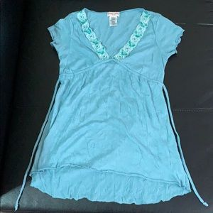 Guess Jeans turquoise beaded shirt sleeved top